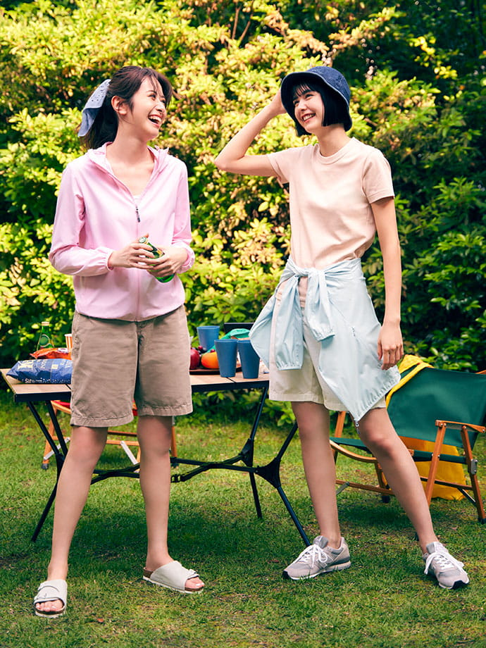 여름은 정말 좋아하지만 자외선이 신경쓰이는 분들도 마음껏 피크닉을 즐길 수 있는 쾌적한 웨어