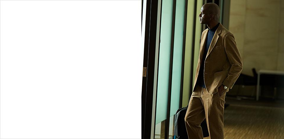 남성 수트 페이지 커버 이미지